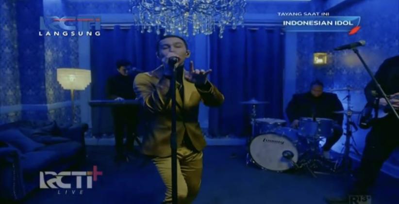 MAX Bawakan Blueberry Eyes di Top 4 Indonesian Idol Special Season