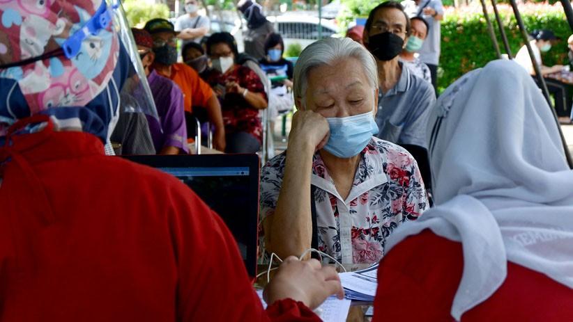 Pemprov Jateng Layani Vaksinasi saat Malam Ramadan, Prioritaskan Lansia