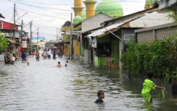 Banjir Rob Rendam Ribuan Rumah di Belawan Medan, Warga Tagih Janji Wali Kota