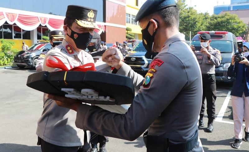 Polda Jatim Dapat Bantuan 26 Mobil Dinas, Irjen Pol Nico: Harus Dirawat Baik