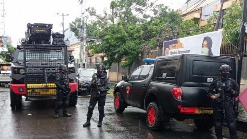 Tim Jihandak Amankan Kardus Mencurigakan di Jalan Sungai Pareman Makassar