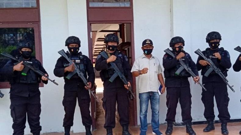 Polres Siagakan Personel di 4 TPS Rawan saat PSU Pilkada Teluk Wondama