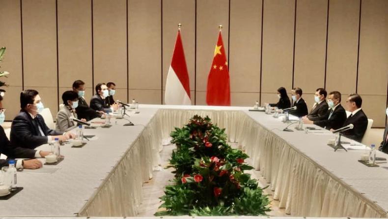 Erick Thohir Sebut China Akan Investasi Baterai Mobil Listrik Rp72 Triliun