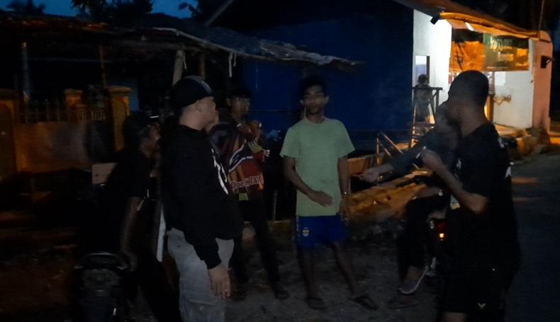 Mencekam, Gerombolan Pemuda Serang Warga di Tasikmalaya dengan Senjata Tajam