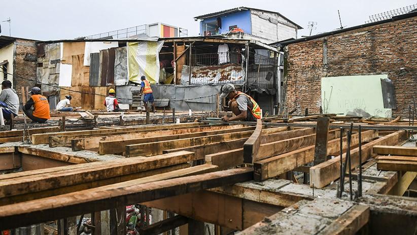 Hadapi Banjir, Pemprov DKI Jakarta Bangun Puluhan Rumah Panggung