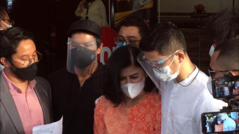 Berang Dituduh Selingkuh, Desiree Tarigan Laporkan Hotma Sitompul ke Polisi
