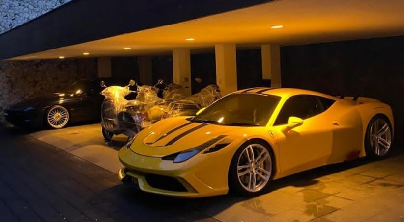 Koleksi Mobil Mewah Ahmad Sahroni, Mantan Sopir Kini Jadi Crazy Rich Tanjung Priok