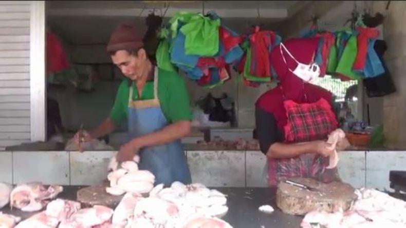 Jelang Ramadan, Harga Daging Ayam di Semarang Naik
