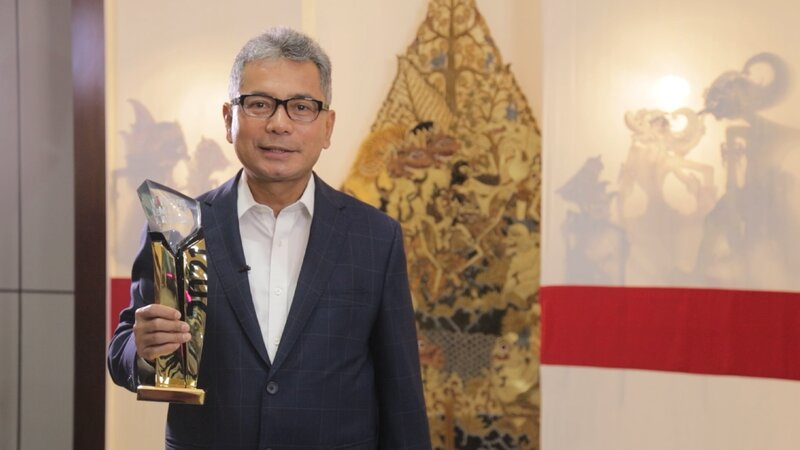 BRI Raih Penghargaan The Best CEO dan Best Innovative Company pada iNews Maker Awards 2021