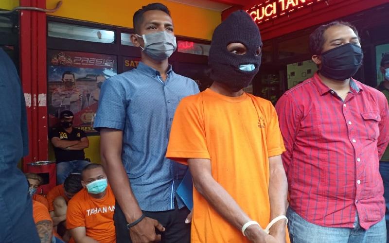 Tak Terima Istri Nikah Lagi, Pria di Bandung Ini Pukul dan Injak-injak Anak Kandung