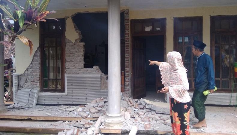 BMKG Sebut Gempa Susulan Magnitudo 5,3 di Malang Dipicu Aktivitas Subduksi