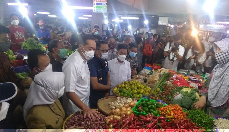Pastikan Sembako Aman, Mendag dan Gubernur Jabar Pantau Pasar Tradisional
