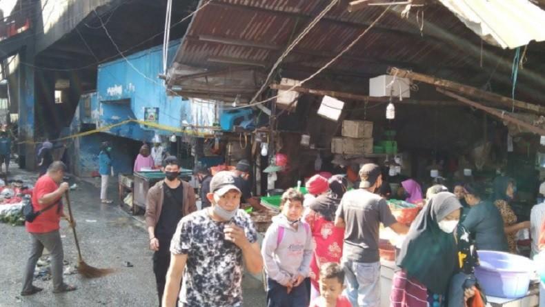 Suasana Pasar Minggu Setelah Dilanda Kebakaran, Aktivitas Jual Beli Berangsur Normal