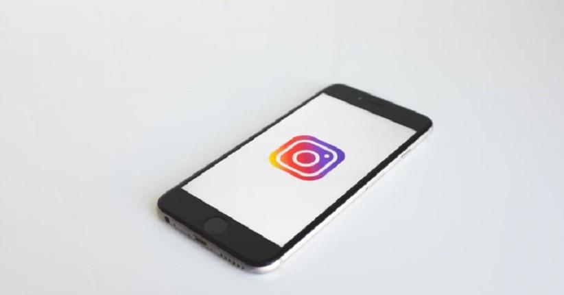 Instagram Gulir Uji Coba Kemampuan Sembunyikan Jumlah Likes