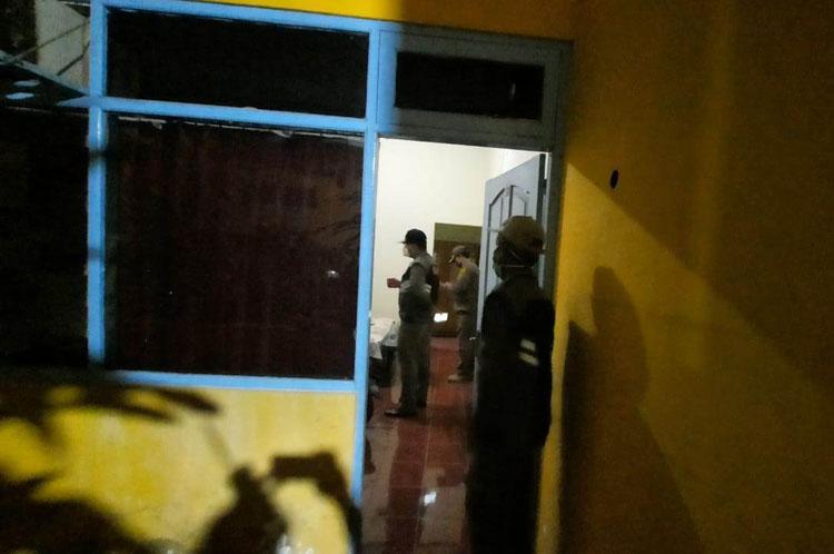 Operasi Pekat, Polisi Temukan Pasangan Tanpa Busana dalam Kamar Hotel di Jambi