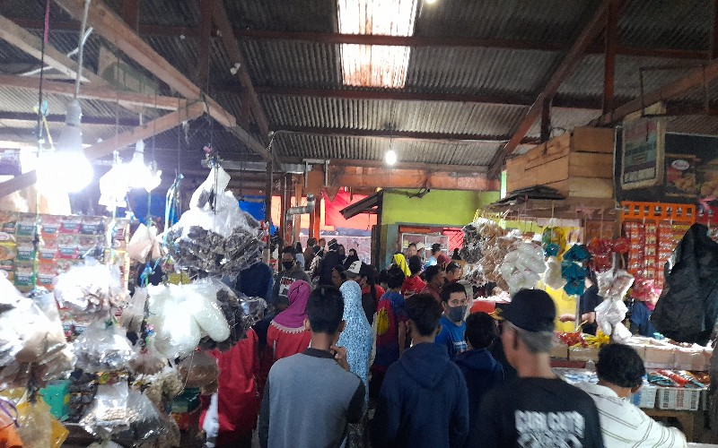 Emak-Emak Kaget, Harga Ayam di Atas Rp35.000 di Palembang