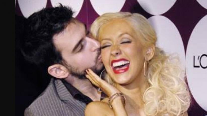 Mencium Istri Apakah Dapat Membatalkan Puasa?