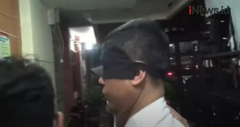 Mata Munarman Ditutup saat Ditangkap Densus 88, Ini Alasan Polri