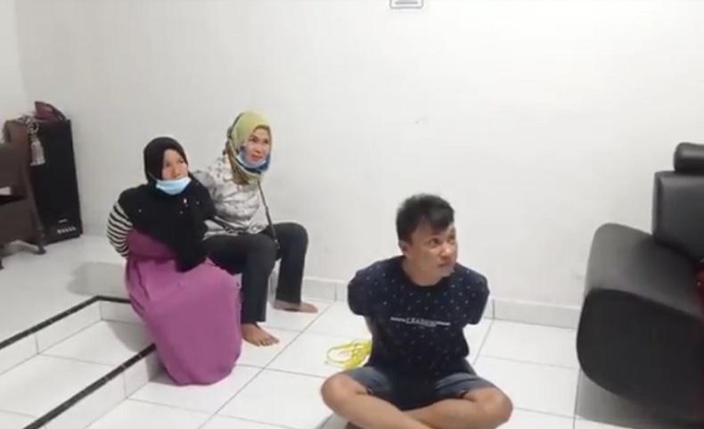 Aksi Ngutil di Minimarket Terekam CCTV, Tiga Pelaku Nyaris Dikeroyok Massa