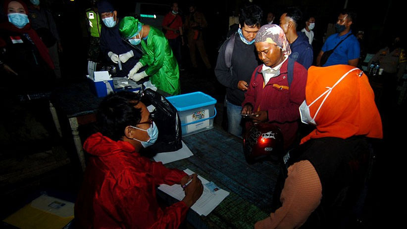 800 Kapal Bersandar di Pelabuhan Jongor Tegal, Nelayan Tes Cepat Antigen