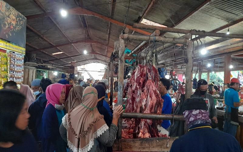 Jelang Lebaran, Harga Daging Sapi di Medan Merangkak Naik