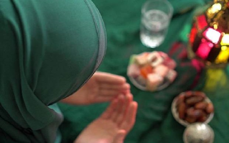 Hukum dan Niat Puasa Syawal Digabung Puasa Qadha Ramadhan Menurut Mazhab Syafi'i