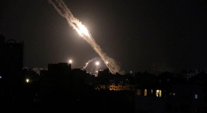 Tak Hanya dari Gaza dan Lebanon, Roket dari Suriah Juga Sasar Israel