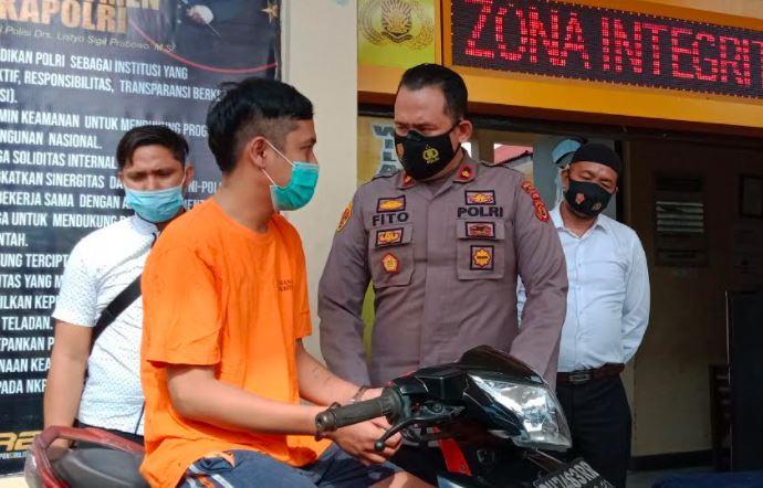 SPG Cantik di Jambi Ditikam Kekasih karena Terbakar Cemburu