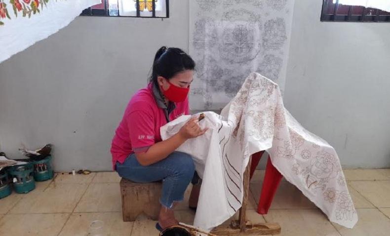 Kreasi Batik Khas Sulut dari Tangan Terampil di Balik Jeruji Lapas Perempuan Manado