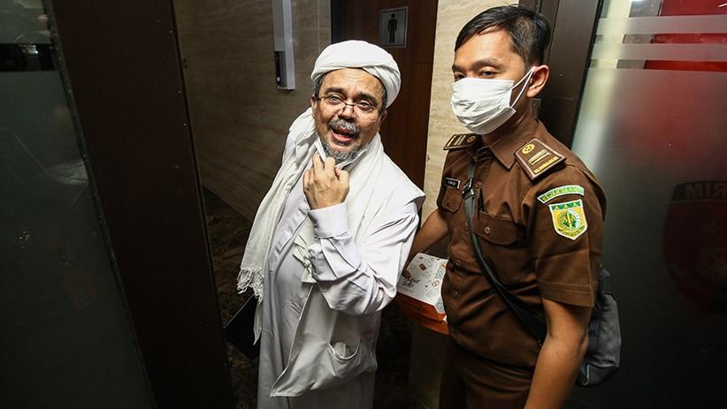 Tok! Habib Rizieq Divonis 4 Tahun Penjara