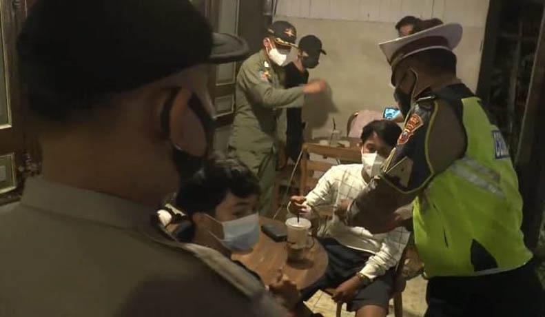 Razia di Kafe Pematangsiantar Ricuh karena Pengunjung Positif Tak Mau Dievakuasi