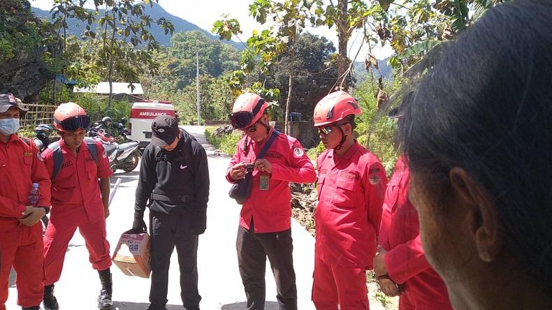 Pencarian Pendaki Perempuan Hilang, Ditemukan Sandal Korban dan Bekas Tumpahan Air