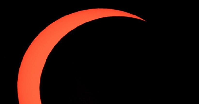 Mengenal Proses Terjadinya Gerhana Matahari Cincin