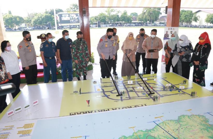 Kapolda NTB M Iqbal Cetuskan Strategi Tactical Floor Game Tekan Penularan Covid-19