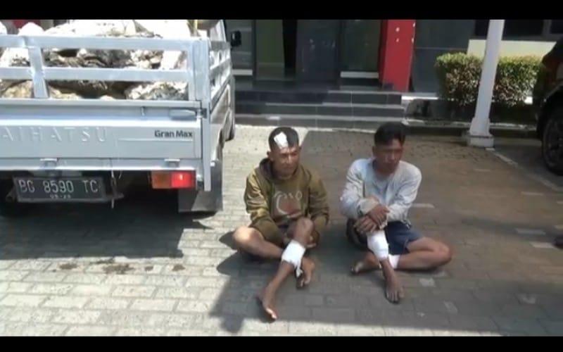 Polisi Tembak Bajing Locat yang Curi Karet di Jalan Palembang