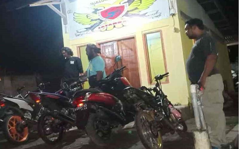 Polisi Bubarkan Aksi Balap Liar di Bima, 4 Sepeda Motor Diamankan
