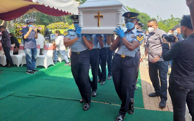 Prosesi Pemakaman Istri Menkumham di Sandiego Hills Karawang Digelar dengan Prokes Ketat