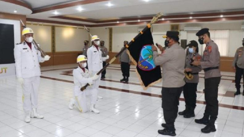 Sambut Hari Bhayangkara Ke-75, Polda Sulut Gelar Tradisi Pencucian Pataka Maesa'an Waya