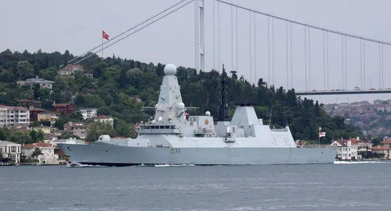 Tegang, Rusia Ancam Ledakkan Kapal Perang Inggris Buntut Insiden di Laut Hitam