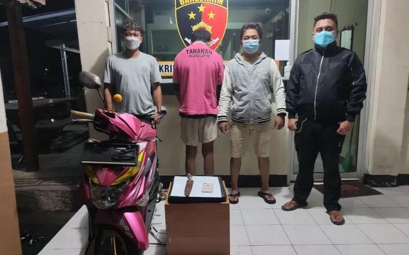 Sempat Kabur lewat Atap rumah, Penjambret di Lotim Ditangkap Polisi