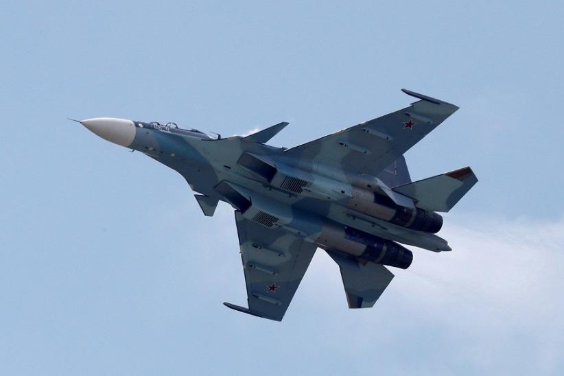 Jet Tempur Rusia Latihan Membom Kapal Musuh di Laut Hitam