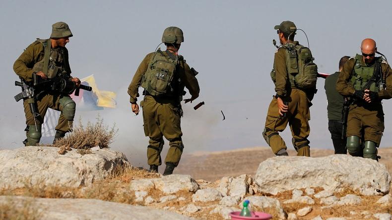 Israel Bunuh Warga Palestina karena Pegang Sebatang Besi, Ternyata Tukang Ledeng Pulang Kerja