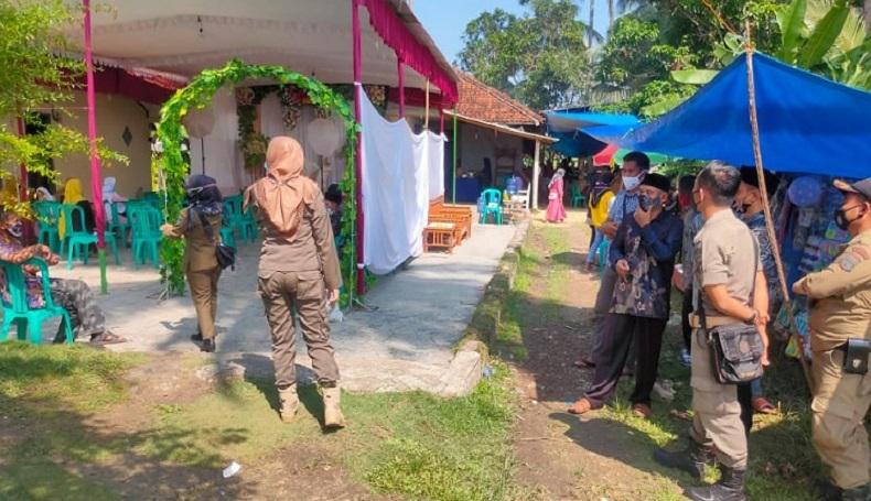Nekat Hajatan saat PPKM Darurat, Resepsi Nikah di Pangandaran Dibubarkan