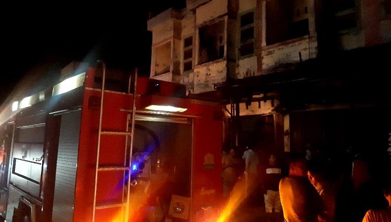 2 Toko Bangunan di Bandar Baru Pidie Jaya Hangus Terbakar