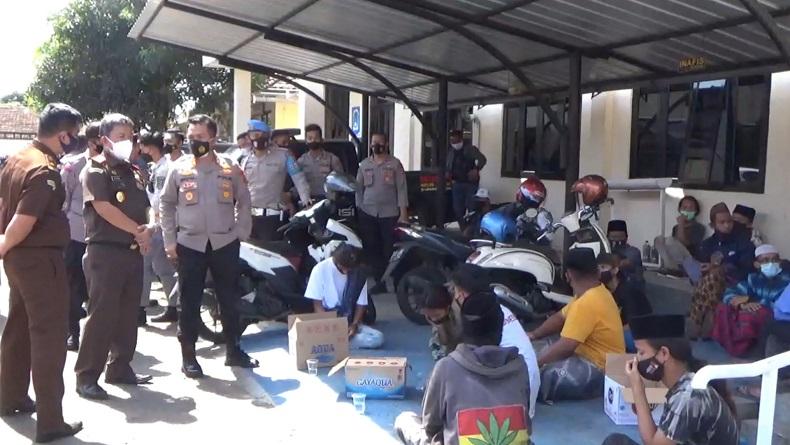 Unjuk Rasa Anarkistis di Kejari Tasikmalaya, 31 Pendukung Habib Rizieq Ditangkap