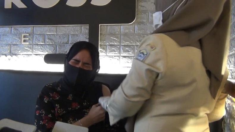 Mahasiswi di Banda Aceh Ikut Vaksinasi karena Ingin Bebas Bepergian