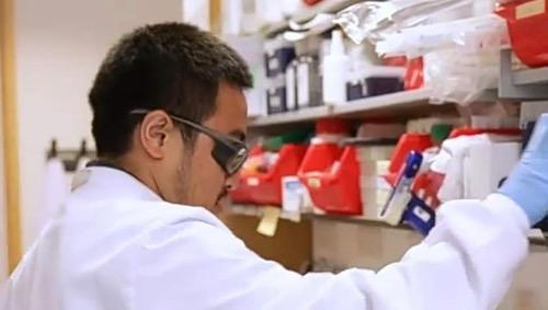 Erick Thohir Bangga dengan Indra Rudiansyah, Anggota Tim Peneliti Vaksin AstraZeneca