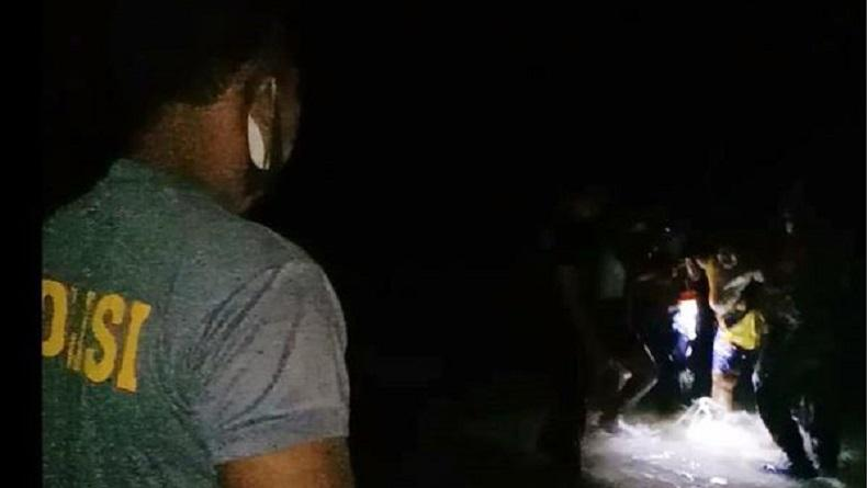 Perahu Tenggelam Dihantam Ombak di Perairan Karatung Talaud, 11 Penumpang Selamat