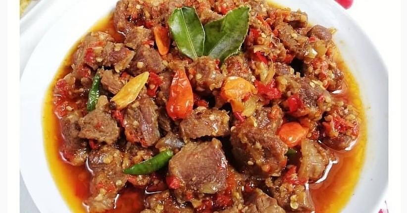 Cara Masak Oseng-Oseng Mercon Daging Kurban, Pedasnya Bikin Ketagihan