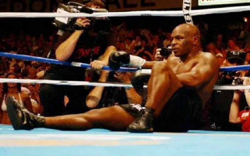 Kisah Masa Kecil Mike Tyson: Berantem 4 Kali Sehari Lawan Bapak-Bapak